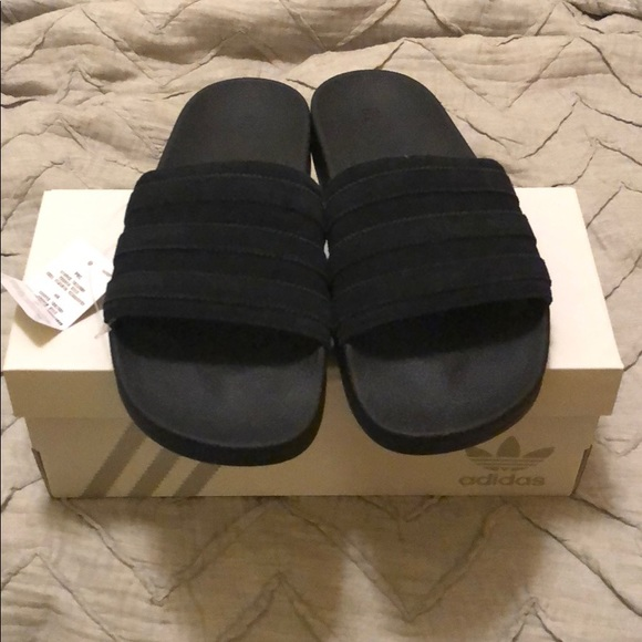 40befdec7d0b3 Custom Black Adidas Slides!